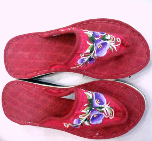 Тапочки для дома Этнической вышивкой Тапочки Обувь ручной работы в дали, Юньнань угол Тапочки
