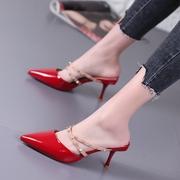 红色漆皮铆钉高跟鞋女拖鞋2019夏季交叉绑带细跟尖头外穿凉拖