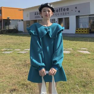 2021孕妇装秋冬设计感娃娃领荷叶边加绒宽松大码卫衣连衣裙女