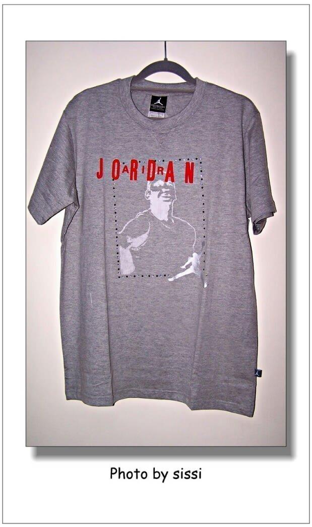 Спортивная футболка Air jordan AJ73/23 NIKE -AJ73-23 Воротник-стойка 100 Надпись