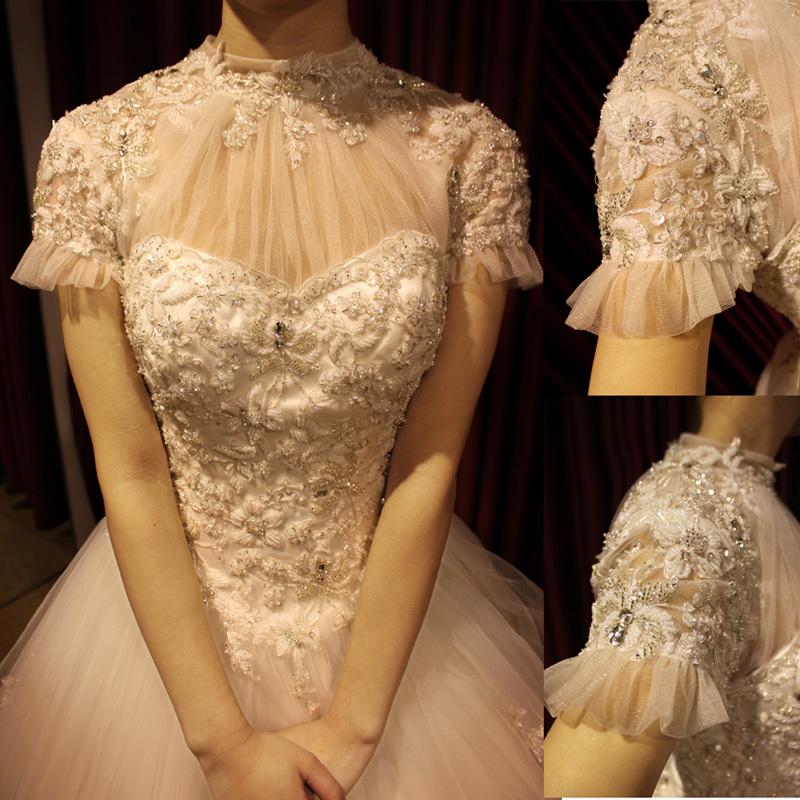 新款欧式宫廷蕾丝手工钉珠喇叭袖新娘婚纱礼服 成都羽茜婚纱定制图片