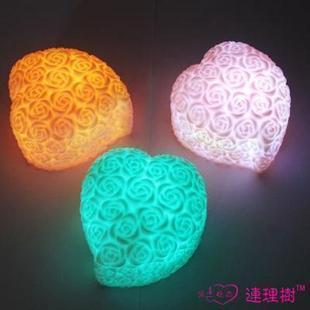 -Zhejiang-Shanghai 38 philatelic romantic heart-shaped love colorful lights/night lights 40g