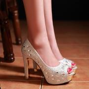 春季金色女鞋性感超高跟防水台鱼嘴单鞋水钻银色婚鞋红色粗跟婚纱